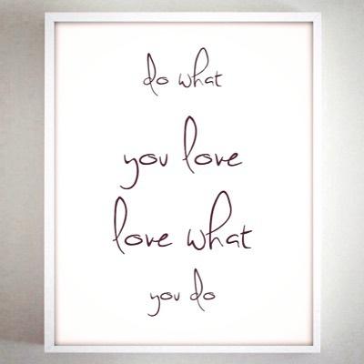 Do what you love, love what you do   💛❤️💗💜💙 #designlife #jessicaredadesign🌿 #youcandoittoo 💪